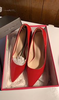 Red shoe(Vince Camuto)