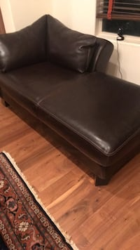 Leather Chaise Los Angeles, 91403