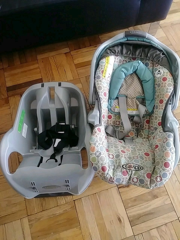 e23d6eeb600 Used Graco baby s gray and green car seat carrier for sale in Queens ...