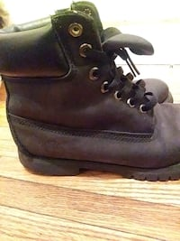 Used Black Timberlands St. Louis, 63111