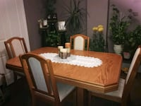 Beautiful dinnigroom  furniture !(negotiable) Hamilton