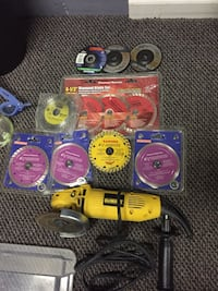 Grinder with all extra accessories 100$ firm  Surrey, V3W 9W5