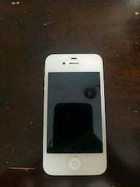 white iPhone 4 with case Coquitlam