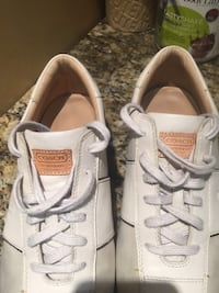 Coach tenis shoes size 9.5 for men  great condition genuine leather