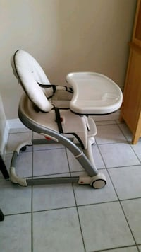 baby's white and gray high chair Brampton, L6Y 5E6