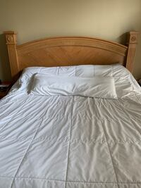 King size bed (mattresses NOT included) Carmel, 46033