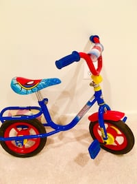 "Ultimate Spider-Man 12"" Boys Bike!!! CHANTILLY"