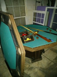 Bumper pool and poker table or just a table Hickory, 28602