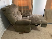 Recliner sofa chair soft fabric Alexandria, 22315