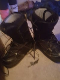 womens snowboarding boots size 9.5 Calgary, T2S 3A1