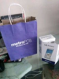 Metro PCS cell phones with all the accessories Los Angeles, 90018