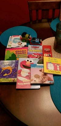 assorted color of learning books St. Louis, 63129
