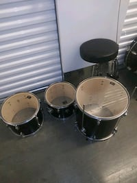 Black 5 peice set of drums