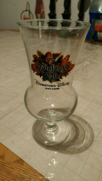 Rainforest Cafe Glass Santa Maria, 93458
