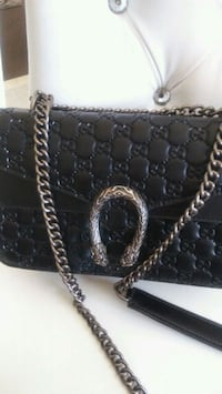 black Gucci patent leather crossbody bag Mississauga, L5W 1P4