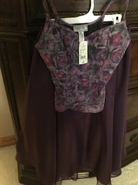 Laura small skirt and top , brand new with tags. Pet smoke free home.  Oakville, L6J 4T1