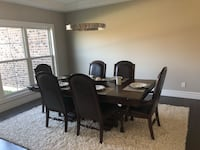 Formal dining room furniture set—excellent condition!!  Saint Charles, 63303