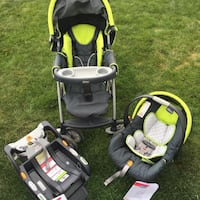 Chicco travel system Surrey, V3T 0A8