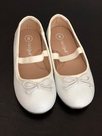Girls Dress Shoes - Pearl White - Size 8 Fairfax, 22030