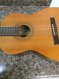 Ashland Acoustic Classical Guitar Chicago, 60626