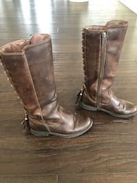 Girls brown boots size 1 Aldie, 20105