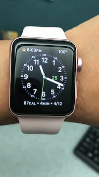 Rose gold aluminium case Apple Watch with white sports band San Diego, 92121