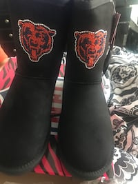 Chicago bears boot  Chicago, 60620