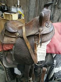 brown leather floral horse saddle Frederick, 21703