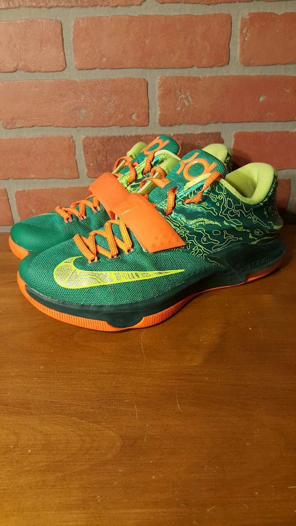 d266912cf7d Used Nike KD 7 Weatherman for sale in Merrimack - letgo