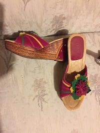 Pair of pink sandals size 38 Edmonton, T6L 5S4