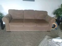 Couch and loveseat set to 250 or best offer Omaha, 68105
