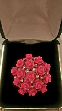 Bouquet of pink roses fashion ring Palmdale, 93550
