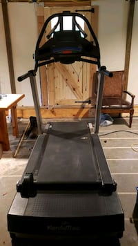 Nordictrac 9800 commerical quality treadmill