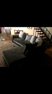 Sectional Couch with Pillows  San Antonio, 78230