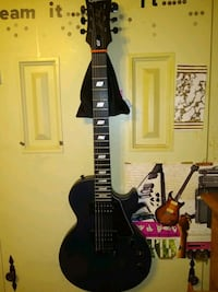 LIKE NEW Epiphone Les Paul GT, AND VOX AC30 headphone modeling amp.  West Des Moines, 50265