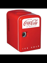 CLASSIC RED SUPER MINI COKE FRIDGE .