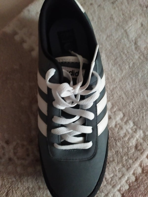 Orjinal adidas 43 67886065-4071-4be1-9d95-9bbe08ae4ee8