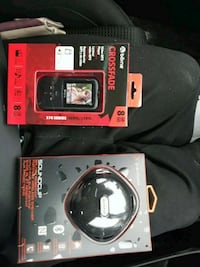Speaker and mp3 saying with built in speaker  Toronto, M1T 2T9