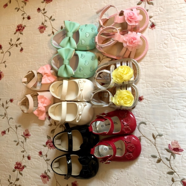 assorted color leather sandals lot