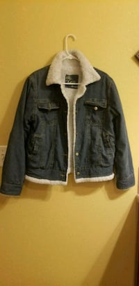 Warm fur inside jean jacket  2287 mi