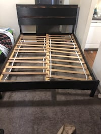 Queen wood bed frame  Silver Spring, 20904