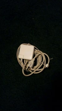 Perfectly Kept Apple MacBook Charger North Haven, 06473