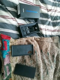 Near new note 10+ with otter case box and ghost armour Calgary, T2C 5R6