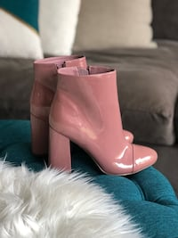 Size 8 Pink patent booties  Toronto, M5R 1V2