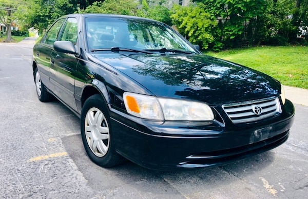 2000 Toyota Camry ' Classic ' Leather Clean title