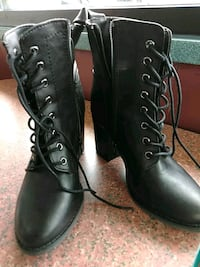 Express black leather zip up boots Westland, 48186