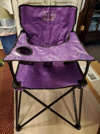 pop up high chair   GREAT SHAPE College Park