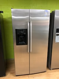 GE stainless steel side by side refrigerator  47 km
