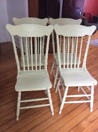 Set of vintage shabby chic press back dining chairs! Kitchener, N2M 1L5