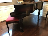 Grand piano gerhard Vaughan, L0J 1C0
